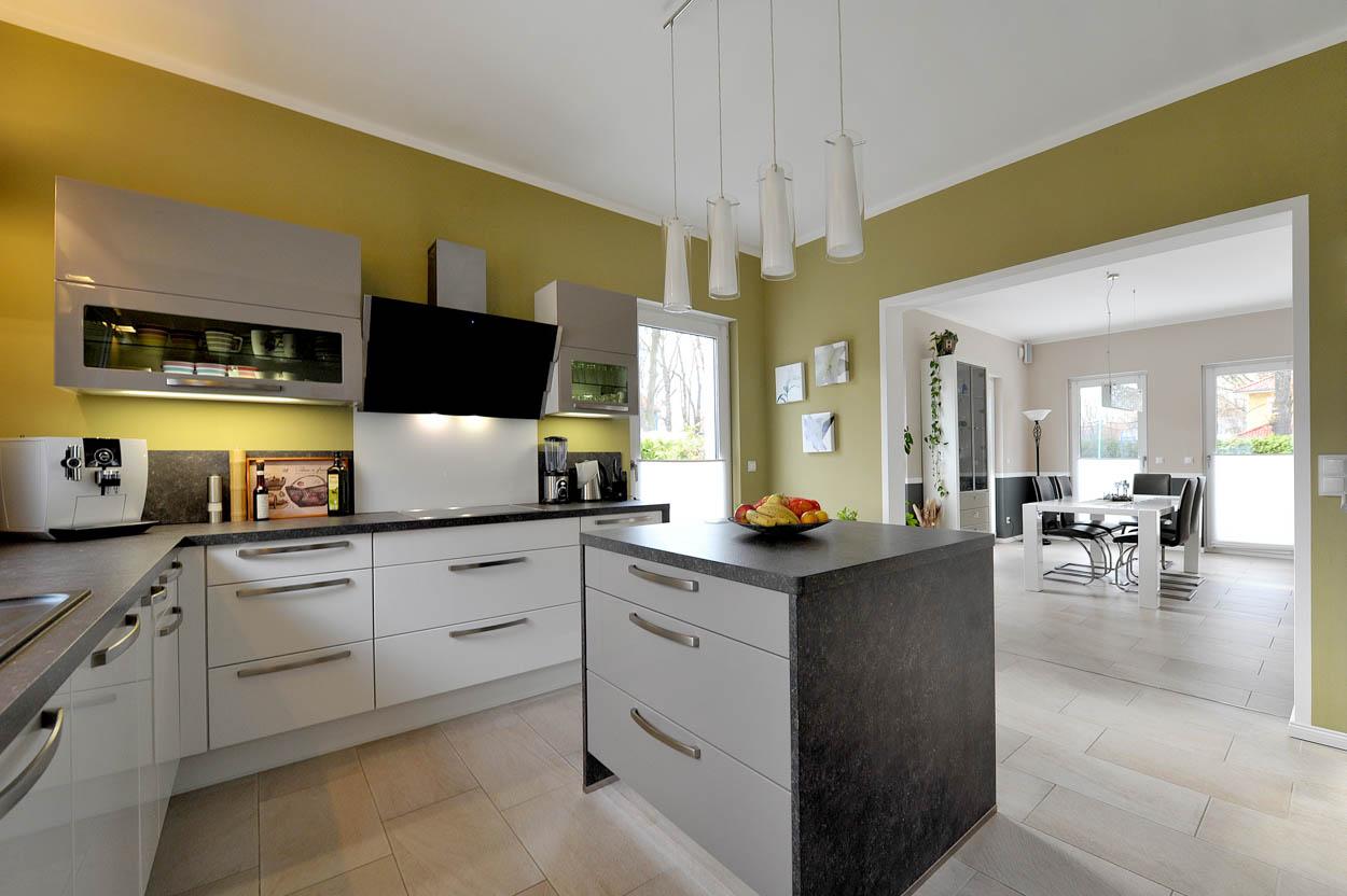 Innenausbau Küche.jpg